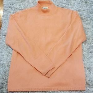 Neiman Marcus 100% cashmere sweater, good conditi,